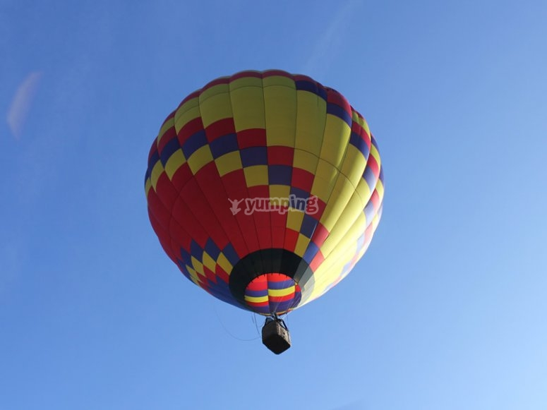 Lifting off on a hot air balloon