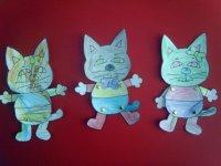 Tres gatitos de papel