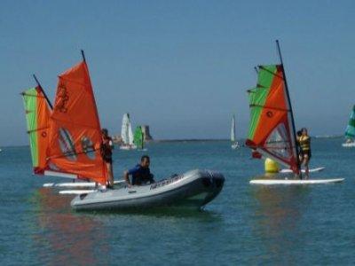 Clases de iniciación al windsurf, Sancti Petri,