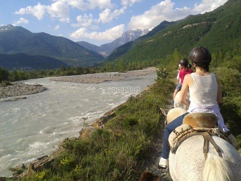 Rutas a caballo en Huesca