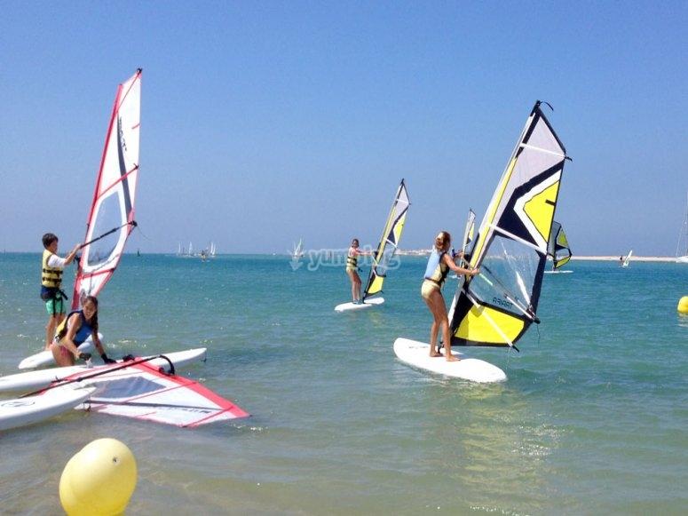 Sancti Petri的滑浪风帆运动会