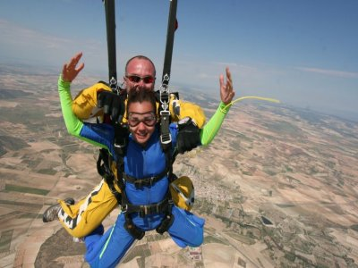 Mother's Day Offer: skydiving+DVD, Ontur