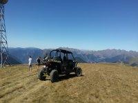Vistas a Pirineos ruta en buggy