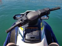 Controls of the jet ski