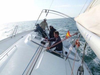 Curso de vela de crucero en Sancti Petri 12h