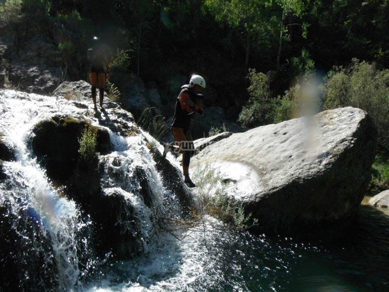 Salto en barranco de Santa Cristina