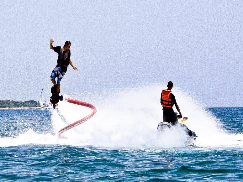 Flyboard en playa de Castellón