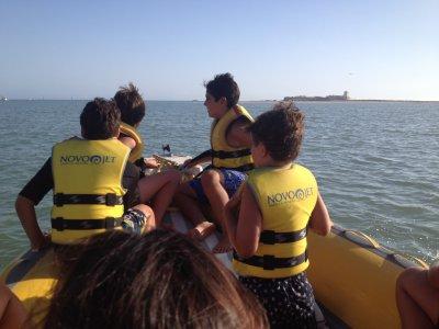 Alquiler de barco a motor en Sancti Petri 30 min