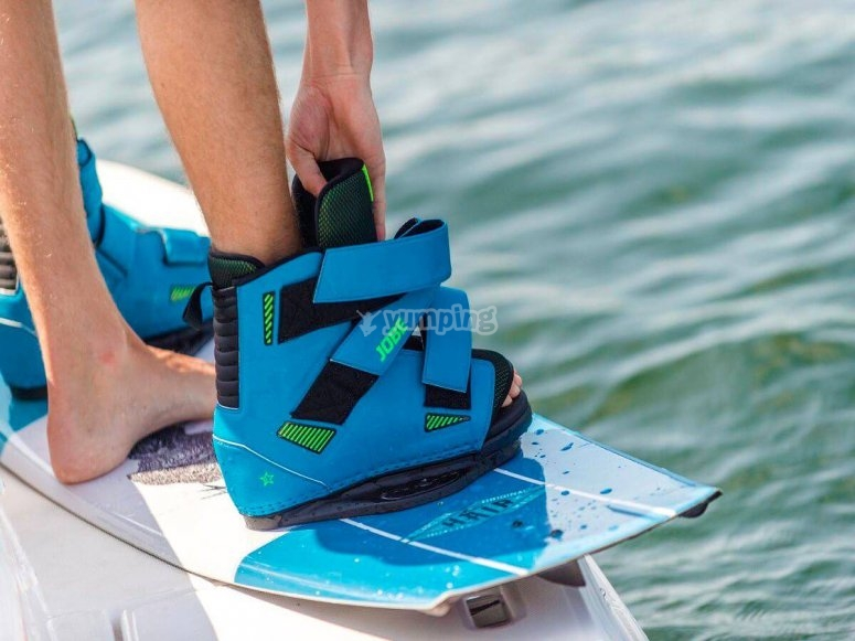 Standing on the wakeboard