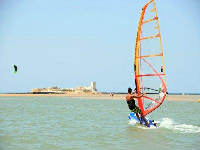 Clase de perfeccionamiento de windsurf Chiclana