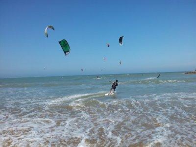 Oferta especial, bautismo kitesurf en Guardamar