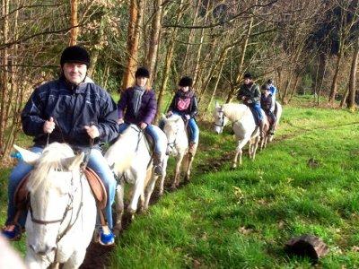 Ruta a caballo en Sésamo, 2 horas