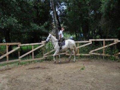 Horse back riding in Sésamo