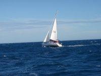 Velero por el mar