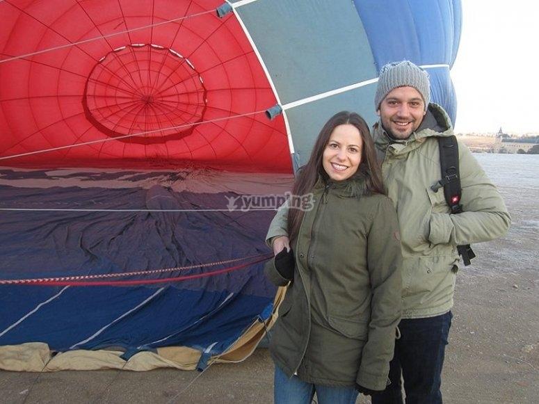 Couple balloon flight