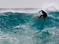 En la cima la ola