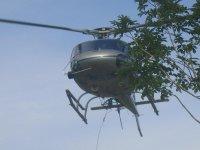 Helicóptero en el aire