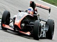 Subete a un autentico Formula Renault