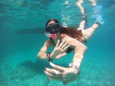 Buceo con snorkel en playas vírgenes de Fornells