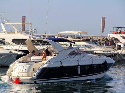 Yachtcharters Rentals