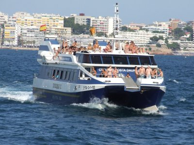 Catamaran cruise from Cambrils + meals