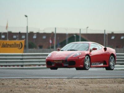 Curso de conducción Ferrari + Audi R8 + Porsche