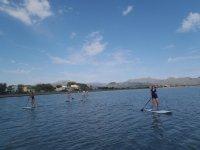 Mar tranquilo en día de paddle surf