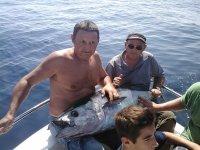 在塔拉戈纳坎布里尔斯钓鱼半天
