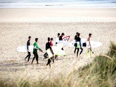 Surfing camp w/ English, 6 days, August, Carballo