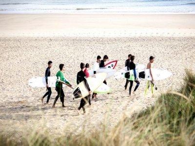 Campamento de surf en julio en Carballo, 7 días