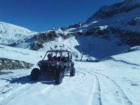 Buggy en la nieve Pirineos