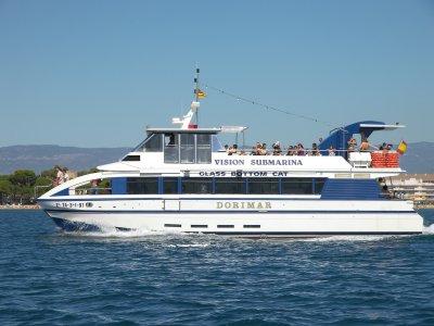 坎布里尔斯的双体船Cala Calafat游览