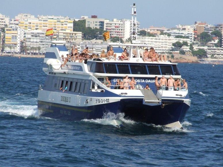 Excursion on catamaran