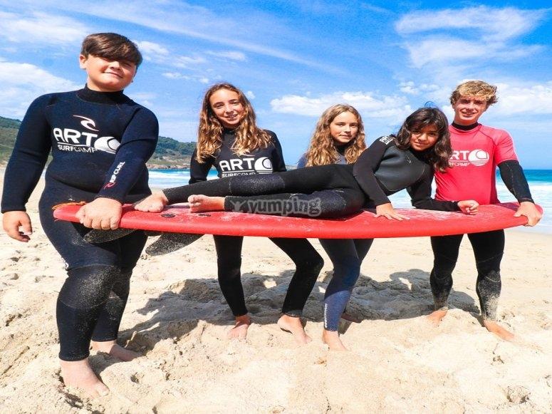 Niños de 10 a 17 años surf camp