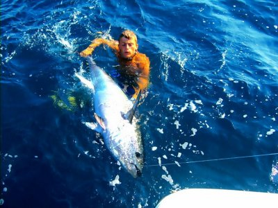 4-hour fishing trip + boat rental in Cambrils
