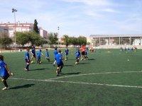 卡斯特利翁足球阵营的标志校园足球夏令营