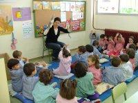 En el aula con la profe