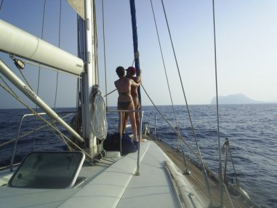 Weekend sailboat rental. Low Season