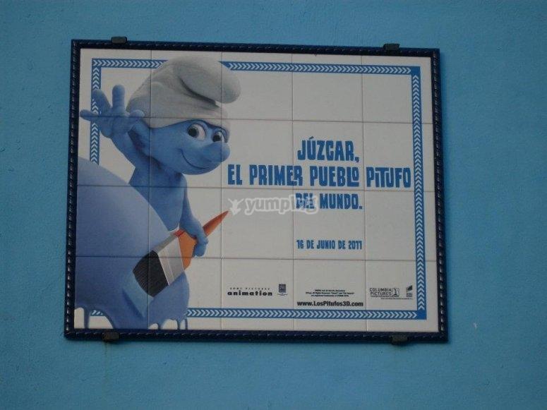 朱斯卡尔(Júzcar)中,蓝精灵村庄