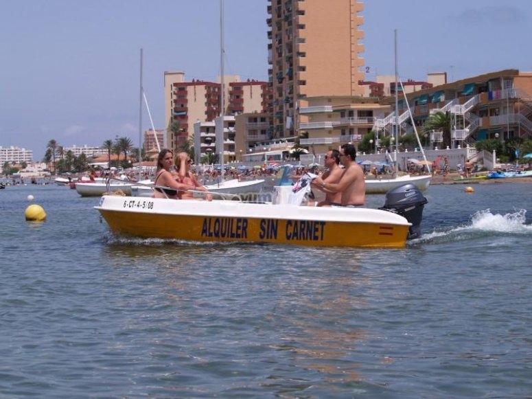 Alquilar barco en Murcia