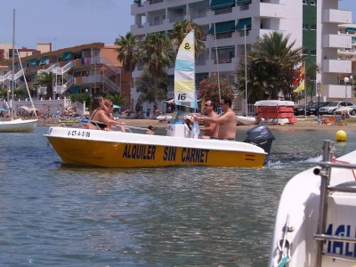 Boat rental without license in La Manga 2 hours