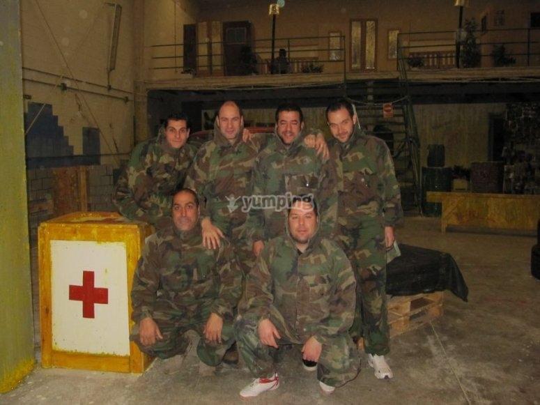 Battaglione di paintball preparato