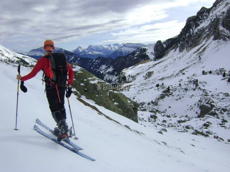 Mountain ski in Pirineos