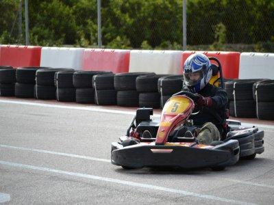 Tanda de karting en Xeresa 10 min para adultos