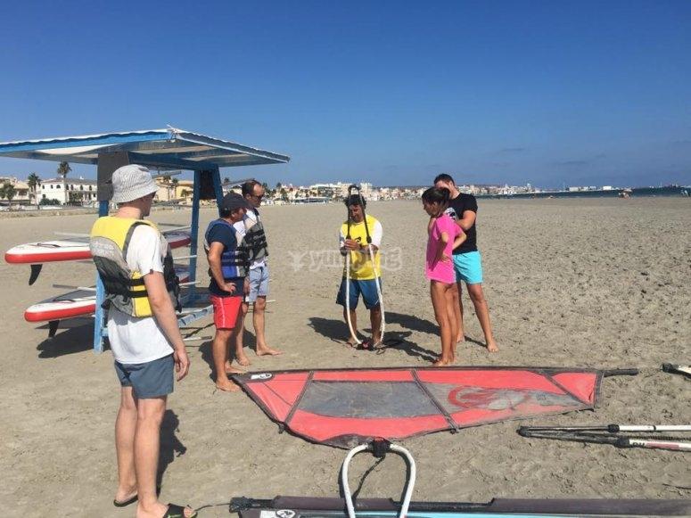 Preparing the equipment of windsurf