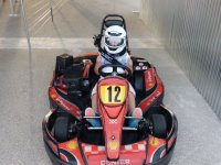 Antes de entrar en la pista de karting