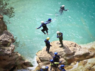Water canyoning in Enguíadnos, Cuenca