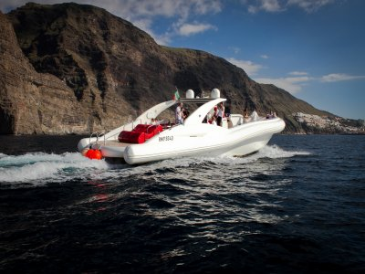 Navegación en Tenerife, charter de lujo, 3 horas