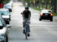 en bici por la carretera