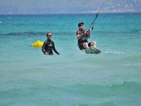 Curso de un día de kitesurf